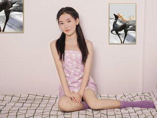 LuluZhang shows